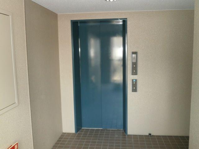 ★エレベーターのすぐそばのお部屋!!買物帰りもらっくらく!!