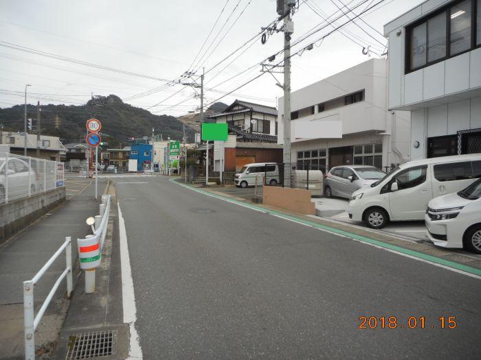 前面道路(西、幅員約6m)
