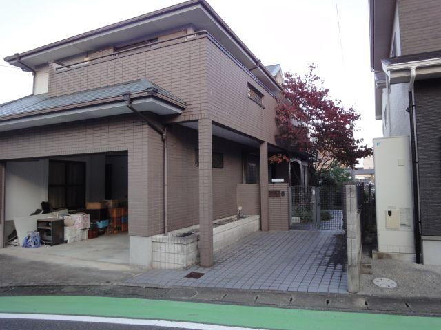 ビルトインガレージ(電動シャッター付)